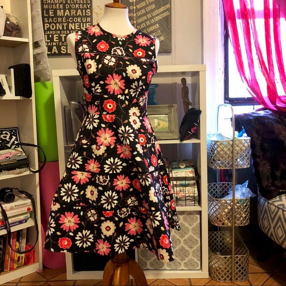 cf141ad172 kate spade Dresses   Skirts - KATE SPADE NEW YORK CASA FLORA POPLIN DRESS  size 6